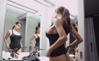 Mia Khalifa no primeiro porno profissional