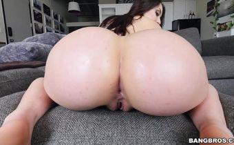 Assistir vídeo grátis em HD de branquinha cuzuda fazendo anal