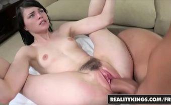 HD porn grátis ninfetinha branca com buceta grande